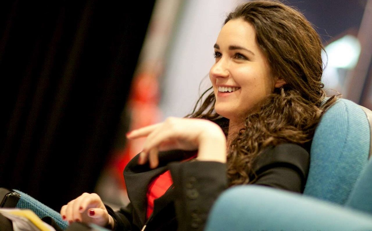 بیوگرافی رکسانا ورزا؛ از زنان موفق حوزه تکنولوژی و فناوری